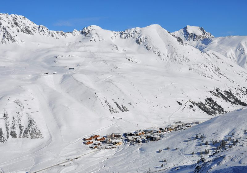 Kühtai is Austria's highest ski resort village at 2020m.
