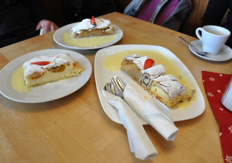 Try the 'three types of strudel challenge' at Patscherkofel.