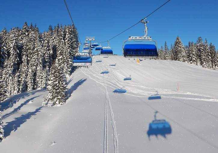 Perfect lifts and terrain for all levels oif skier and snowboarder at the SkiCircus.