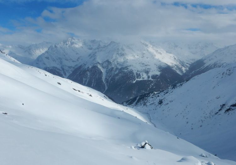But the huge Soelden freeride areas make up for it.