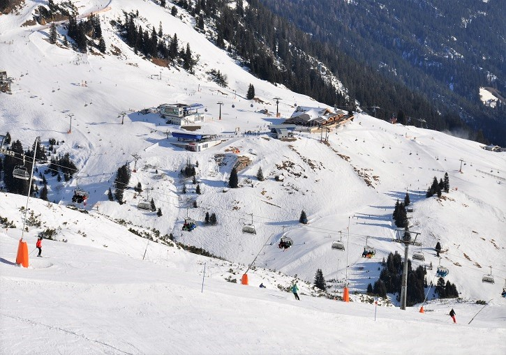 St Anton ski resort has terrain for everyone - beginner to extreme snow riders.
