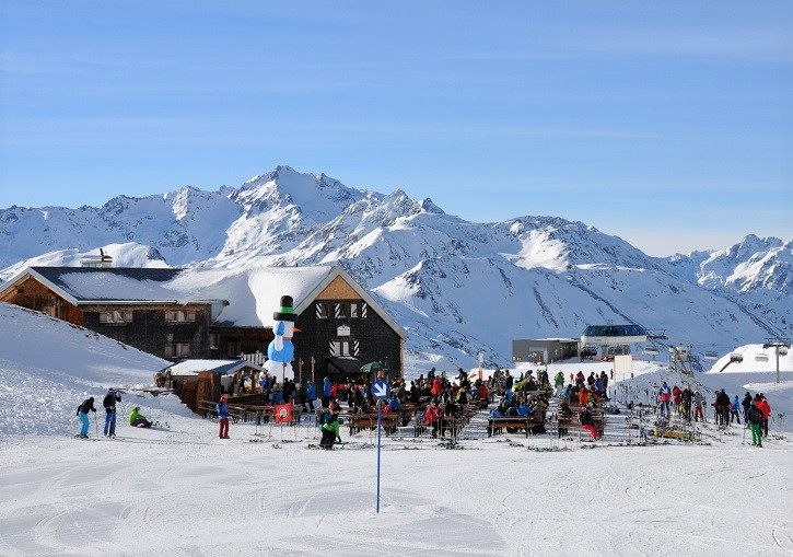 St Anton's mountain huts provide wonderful food, drink and apres fun.