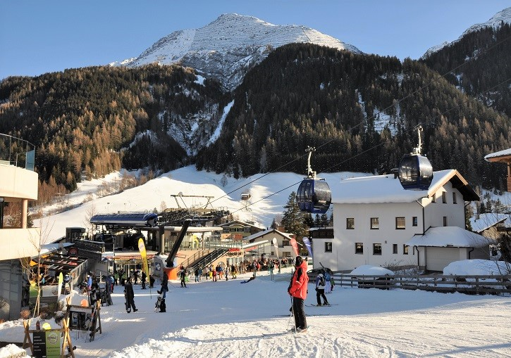 Lifts direct from the centre of town help make St Anton a premier ski resort.