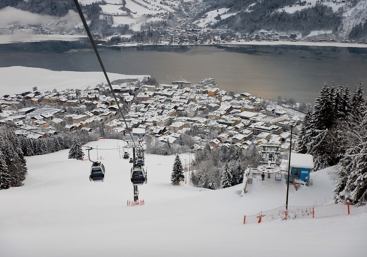 Zell an See ski resort - world class combo of lake, town, lifts, mountain, snow and ski.