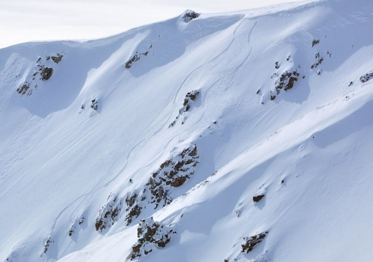 Awesome ski terrain at Eskimo Freeride.