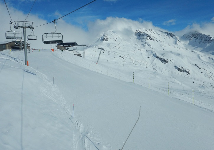 Tetras piste near Le Roc Noir, the highest point in La Rossiere at 2400m.