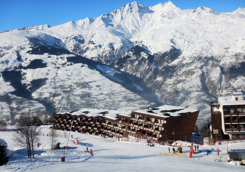 Les Arcs villages are purpose built for views & ski in ski out convenience.