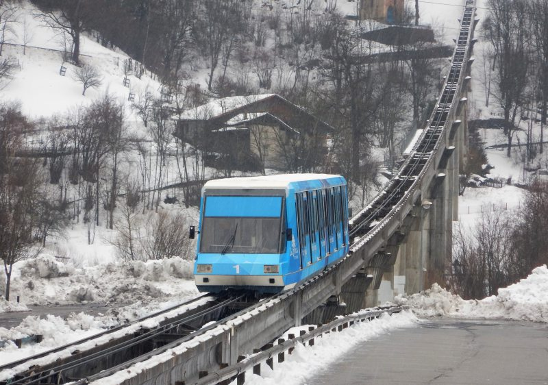 Funicular access to Les Arcs is directly from Bourg St Maurice train station.
