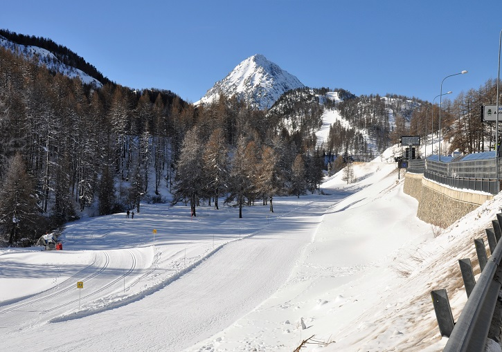 Ski the Via Lattea to Italy from Montgenevre.