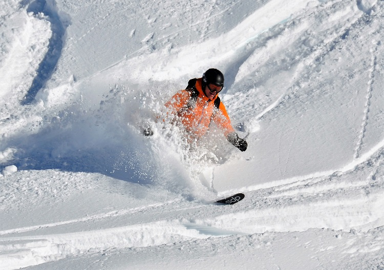 Low crowds, low cost and powder are Sainte Foy ski resort's strengths.