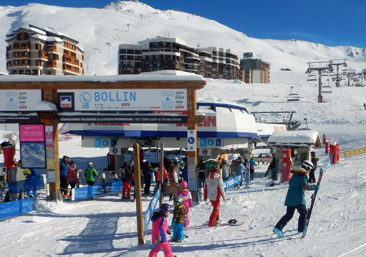 The Tignes lift system moves a huge amount of skiers very efficiently.