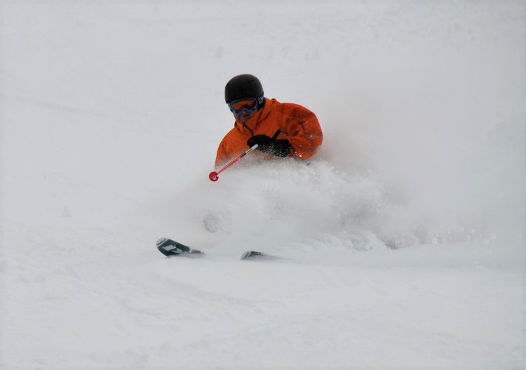 Ski deep powder in France (La Clusaz).