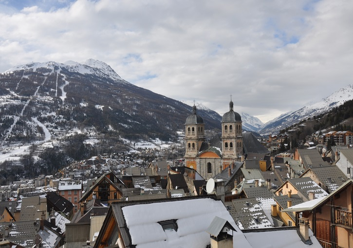 Serre Chevalier ski packages