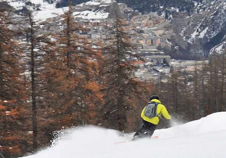 Serre Chevalier's valley runs include this superb one down to Briancon.