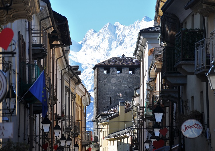 The city of Aosta has history, mountains and wonderful skiing.