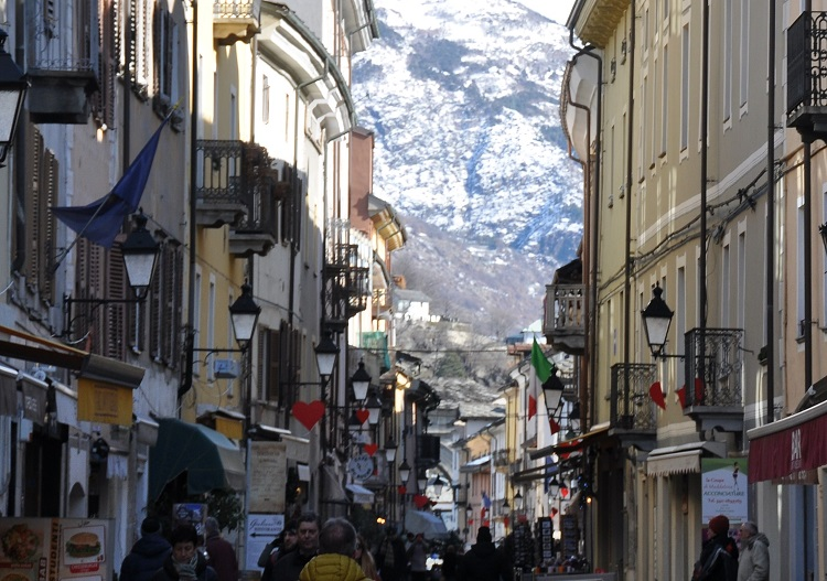 The city of Aosta.