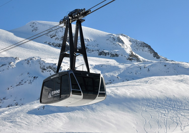 Cervinia has glacier skiing at 3480m from the Plateau Rosa cable car.