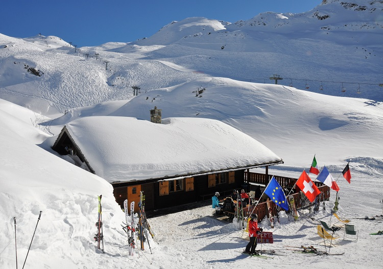 Cervinia ski resort has wonderful mountain hut dining experiences.