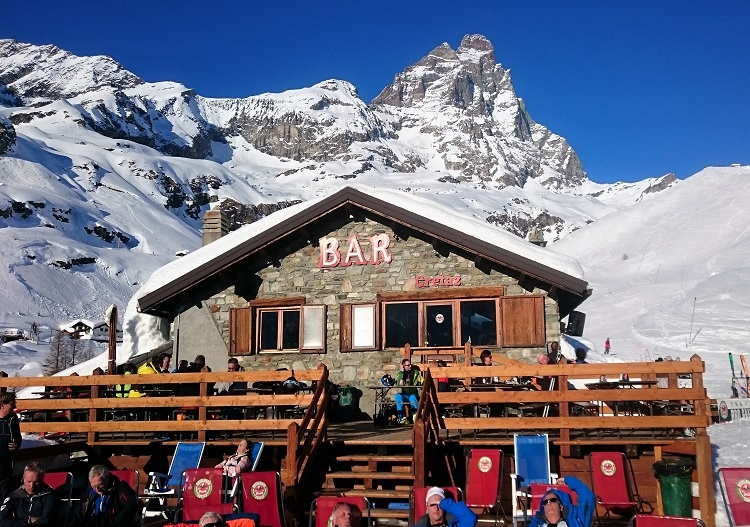 Italians know how to do apres ski and Cervinia is no exception.
