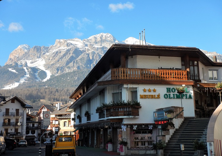 Hotels in central Cortina like Hotel Olimpia are perfectly located.