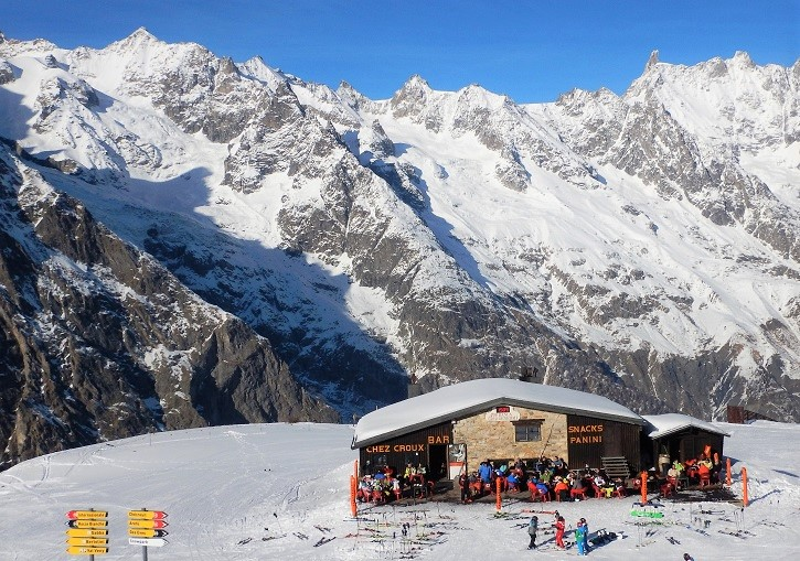 Courmayeur ski resort has an excellent range of mountain huts.
