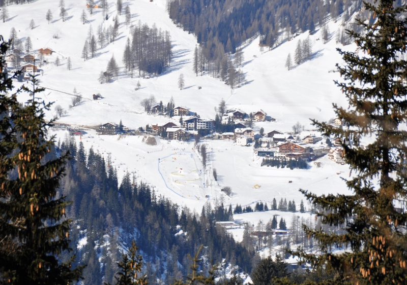 Family friendly Gitschberg Jochtal ski resort in the Dolomites.