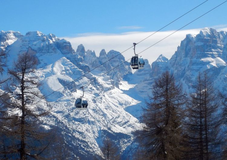 Madonna di Campiglio ski packages