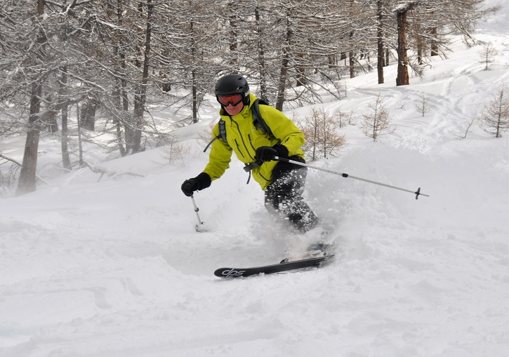 Powder skiing out wide of the Tuassieres button lift.
