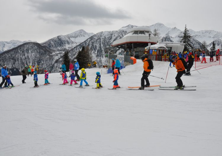 Beginners can tack onto a group lesson at Pejo ski resort.