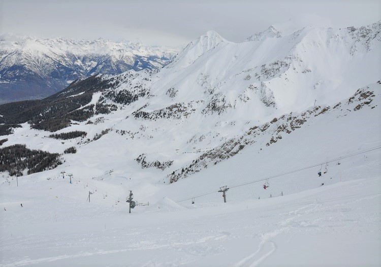 Pila has north facing ski terrain, quality snow & lots of untracked lines.