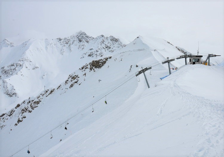 The top of the Couis 1 chairlift at Pila is not for the faint hearted!