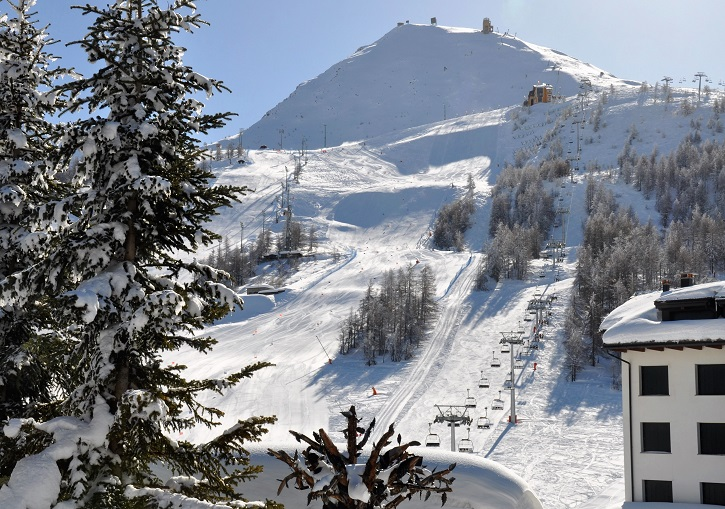 The pistes on Mt Sises extend straight up from the village at Sestriere.