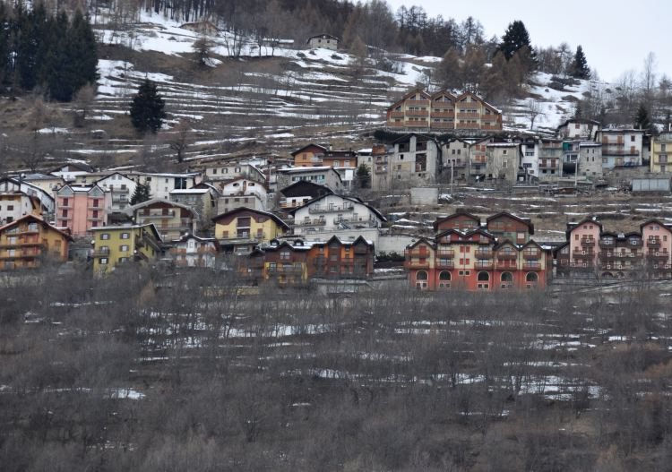Temu is a small quiet village connected to Tonale ski Resort.
