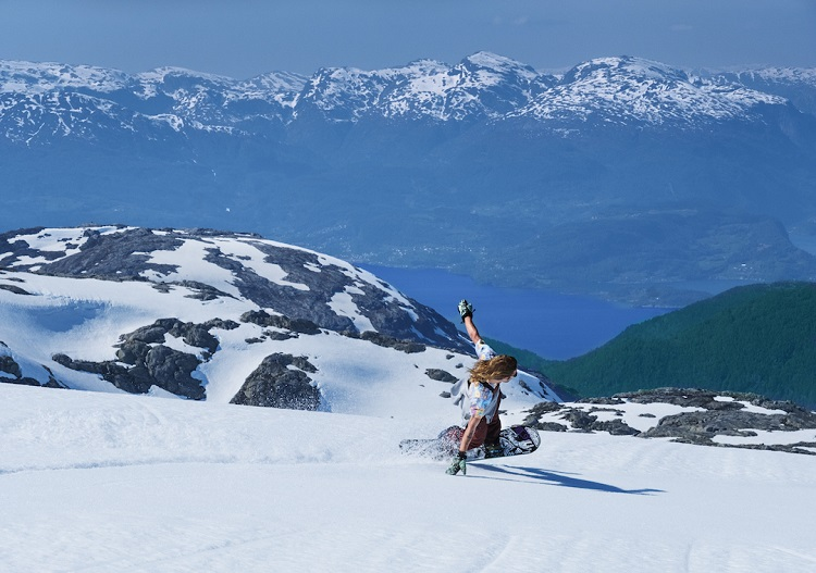 Summer snowboarding at the Fonna Glacier ski resort near Bergen.