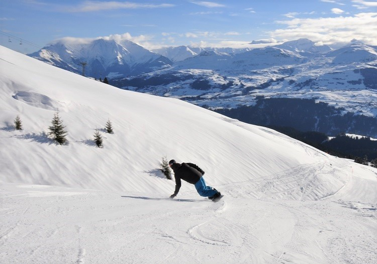 Brigels is super fun for skiers and snowboarders alike.