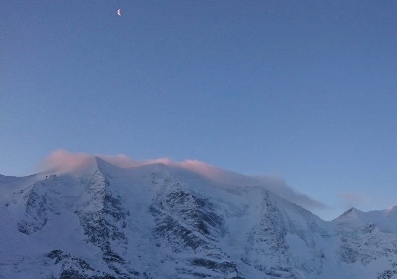 Sunrise on Piz Palu from the Diavolezza Berghaus.