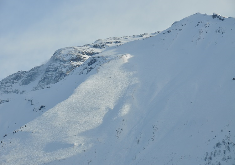 The Laub is one of Engelberg's signature, epic, off piste descents.