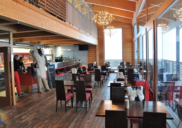 Zudili Panorama Bar at Lauchernalp.