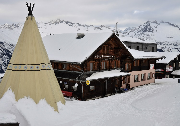 Rosswald has ski in ski out hotel accommodation (& American Indians!).