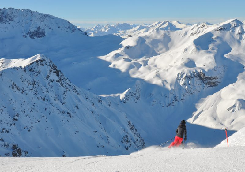 The freeride route to Tschiertschen is classic Swiss skiing.