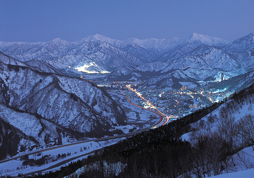 A valley with Yuzawa ski resorts on either side