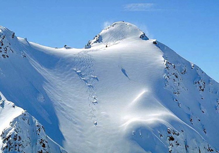 Many of the runs are mind blowing and up to 1,200 meters of vertical