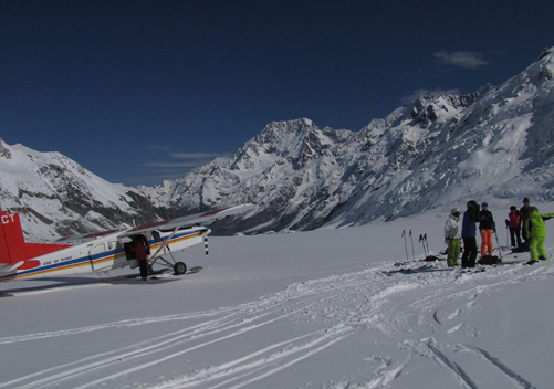 Ski The Tasman: the most amazing scenic tour on skis