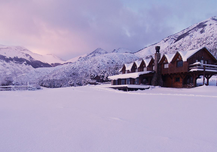 Baguales Mountain Reserve - The beautiful, rustic & very cozy Baguales Lodge