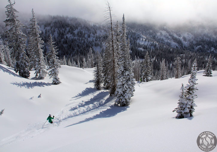 Steamboat Powdercats receives around 500 inches (13 metres) of snowfall annually