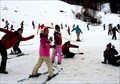 Tenjin Guides Learn To Ski